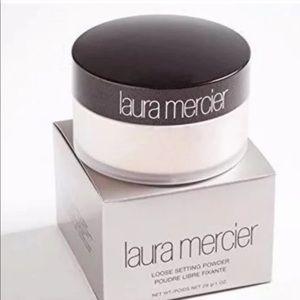 💜Laura Mercier Translucent Powder💜